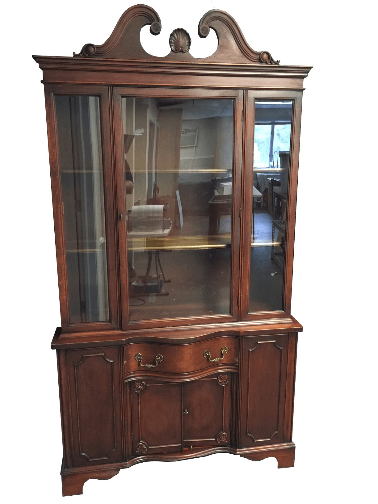A clean hutch after cleaning by Mammoth Restoration